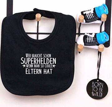 Trend Mama coole Windeltorte Junge schwarz- Babysocken + Lätzchen -Wer braucht schon Superhelden wenn man so coole Eltern hat - 2