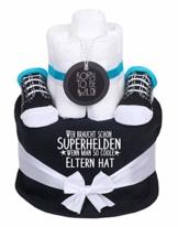Trend Mama coole Windeltorte Junge schwarz- Babysocken + Lätzchen -Wer braucht schon Superhelden wenn man so coole Eltern hat - 1